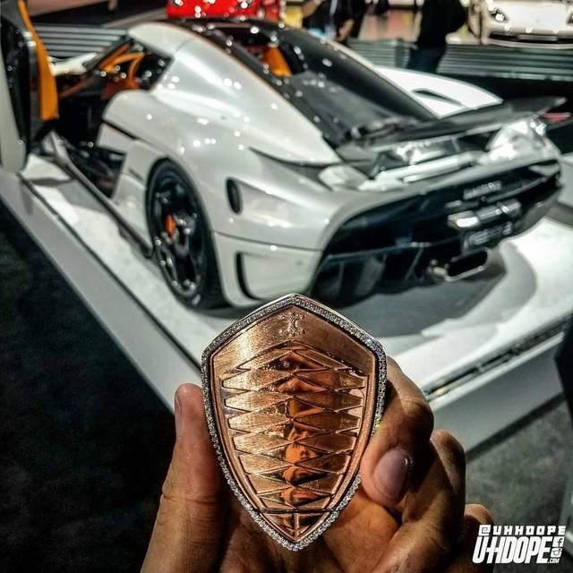 Làm gì khi khóa xe Koenigsegg đắt gấp... 10 lần xe bạn? - Ảnh 2.