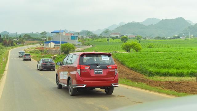 Thử chê Toyota trên hành trình trải nghiệm Tây Bắc - Ảnh 9.