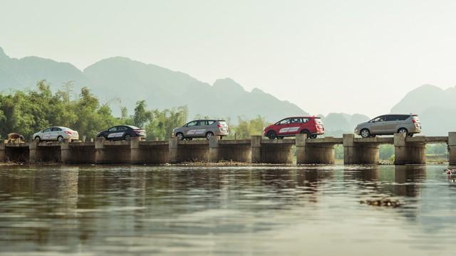 Thử chê Toyota trên hành trình trải nghiệm Tây Bắc - Ảnh 1.
