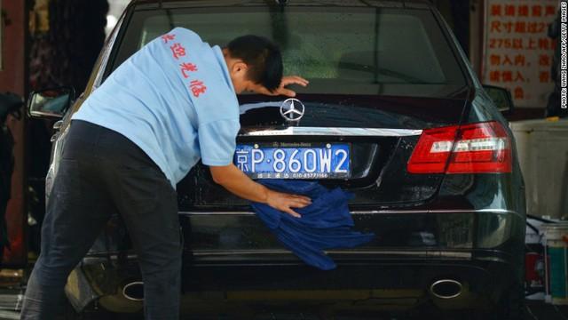 Trung-Mỹ tranh cãi thuế nhập khẩu, xe Đức chịu thiệt - Ảnh 1.