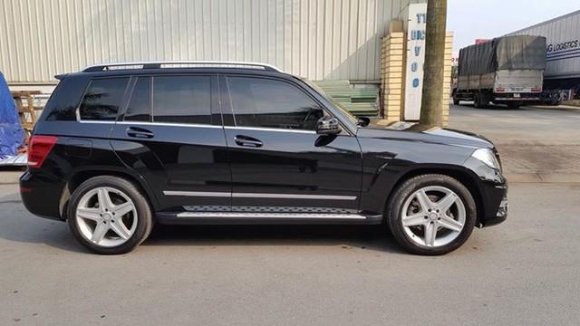 Mercedes-Benz GLK250 AMG 2015 được rao bán lại giá 1,38 tỷ đồng - Ảnh 3.