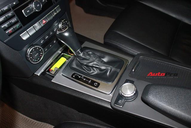Mercedes-Benz C300 AMG 2010 đi hơn 100.000km rao bán lại giá gần 700 triệu đồng - Ảnh 17.
