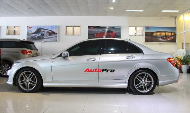 Mercedes-Benz C300 AMG 2010 đi hơn 100.000km rao bán lại giá gần 700 triệu đồng - Ảnh 7.