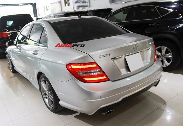 Mercedes-Benz C300 AMG 2010 đi hơn 100.000km rao bán lại giá gần 700 triệu đồng - Ảnh 9.