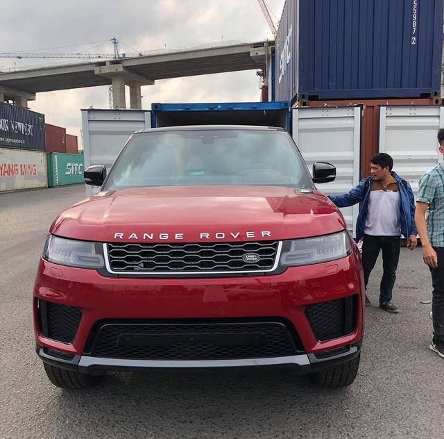 Range Rover Sport 2018 đầu tiên về Việt Nam theo dạng tư nhân - Ảnh 1.