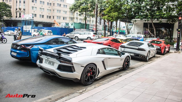 Cường Đô La, Tuấn Hưng cùng dàn siêu xe trăm tỷ khuấy động Sài Gòn cuối tuần - Ảnh 20.