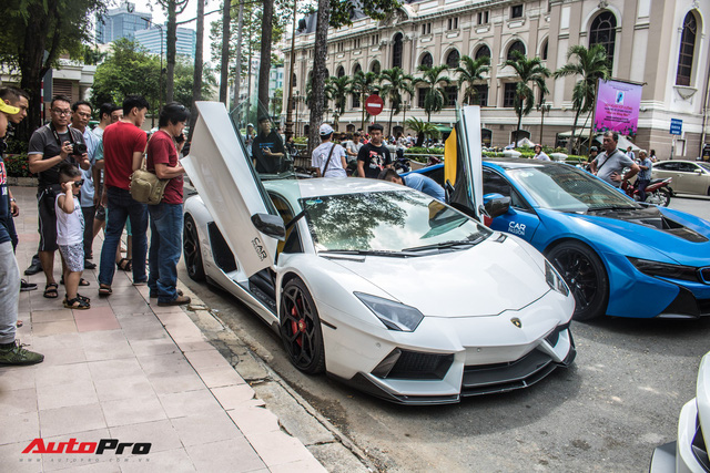 Cường Đô La, Tuấn Hưng cùng dàn siêu xe trăm tỷ khuấy động Sài Gòn cuối tuần - Ảnh 18.