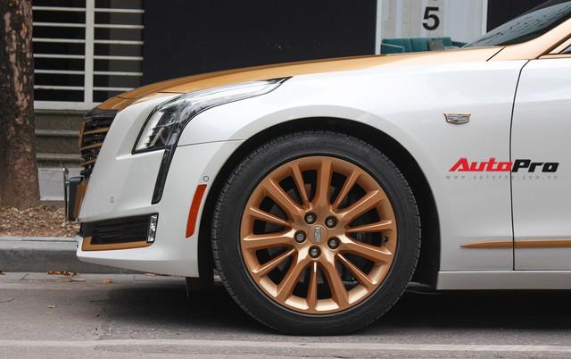 Cadillac CT6 Premium Luxury đổi màu phong cách dân chơi Dubai tại Hà Nội - Ảnh 12.