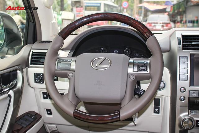 Lexus GX460 Sport 2018 nhập Mỹ giá gần 6 tỷ đồng về Việt Nam - Ảnh 18.
