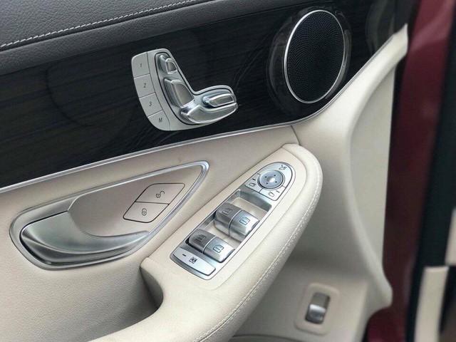 Chi tiết Mercedes-Benz GLC 200 đã về đại lý, giá thấp hơn 200 triệu đồng so với GLC 250 - Ảnh 8.
