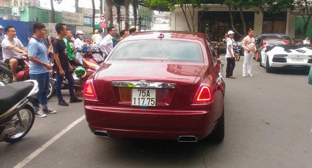 Đại gia Huế tậu Rolls-Royce Ghost Series I từng đeo biển ngũ quý 1, giá hơn 11 tỷ đồng - Ảnh 2.