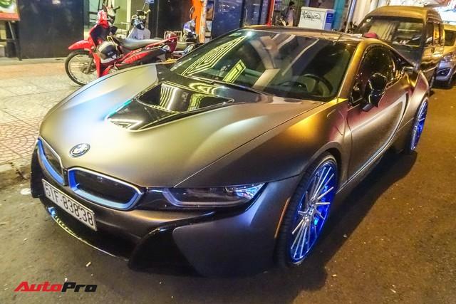 Diệp Lâm Anh lên xe hoa BMW i8 về nhà chồng - Ảnh 7.