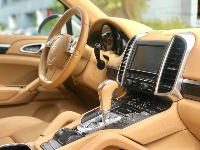 Không thể mua Porsche mới với 2,8 tỷ đồng thì có thể chọn Cayenne 2013 nhiều option và đi hơn 44.000km - Ảnh 10.
