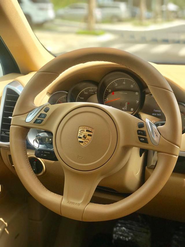 Không thể mua Porsche mới với 2,8 tỷ đồng thì có thể chọn Cayenne 2013 nhiều option và đi hơn 44.000km - Ảnh 19.
