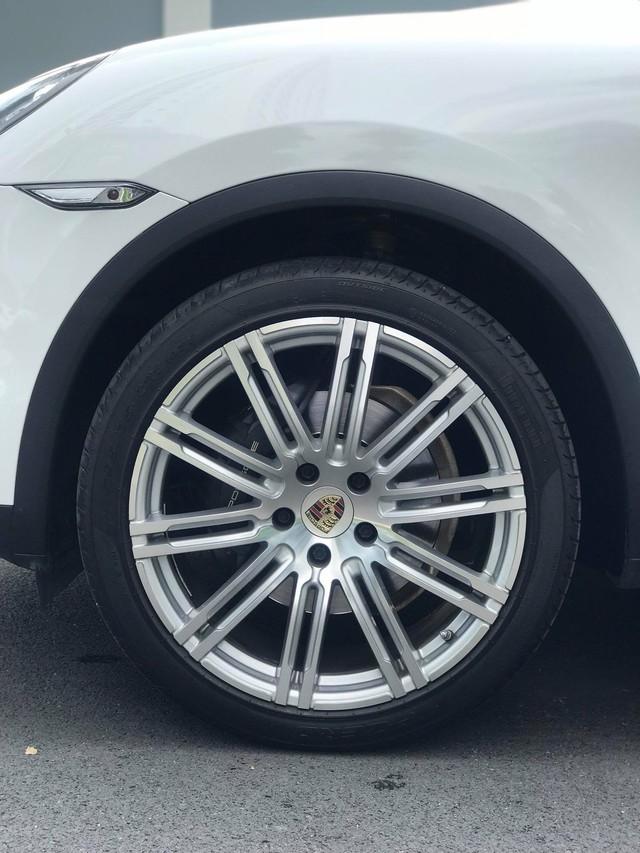 Không thể mua Porsche mới với 2,8 tỷ đồng thì có thể chọn Cayenne 2013 nhiều option và đi hơn 44.000km - Ảnh 4.