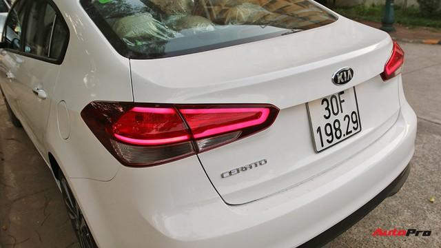"""Giá thấp hơn nhưng Kia Cerato lại có những trang bị """"ăn đứt"""" Toyota Vios - Ảnh 4."""