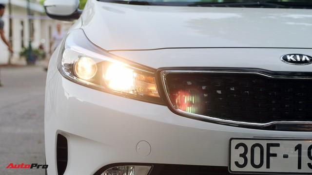 """Giá thấp hơn nhưng Kia Cerato lại có những trang bị """"ăn đứt"""" Toyota Vios - Ảnh 2."""