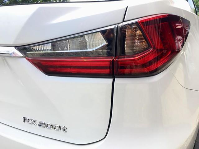 Lăn bánh 15.000km, Lexus RX 200t 2016 được rao bán lại giá ngang khi mua mới - Ảnh 4.