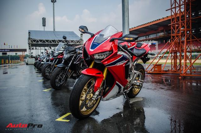 Honda CBR1000RR Fireblade SP chính hãng giá gần 680 triệu đồng cho biker Việt - Ảnh 4.