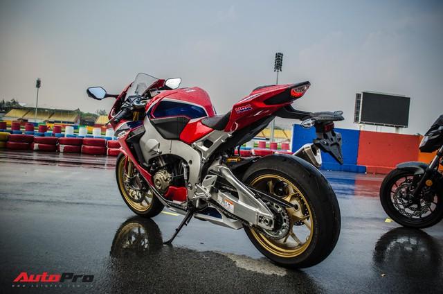 Honda CBR1000RR Fireblade SP chính hãng giá gần 680 triệu đồng cho biker Việt - Ảnh 9.