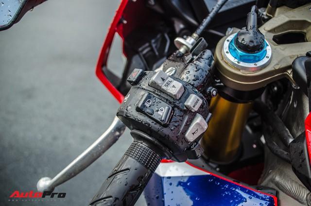 Honda CBR1000RR Fireblade SP chính hãng giá gần 680 triệu đồng cho biker Việt - Ảnh 11.