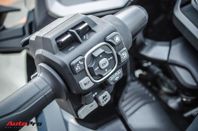 Khám phá Gold Wing 2018 - Mô tô Honda chính hãng giá cao hơn CR-V tại Việt Nam - Ảnh 10.