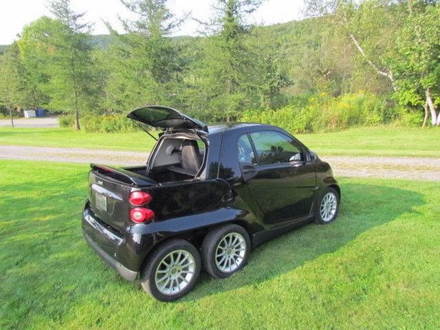 Xe nhỏ hơn cả Kia Morning cũng độ lên 6 bánh - Ảnh 2.