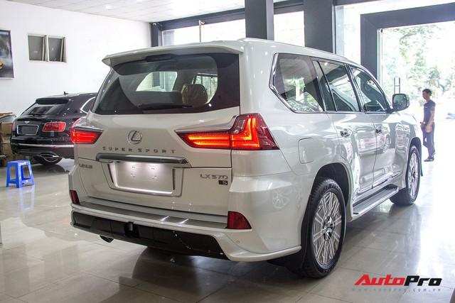 Khám phá chi tiết Lexus LX570 Super Sport 2018 giá gần 10 tỷ đồng tại Việt Nam - Ảnh 4.