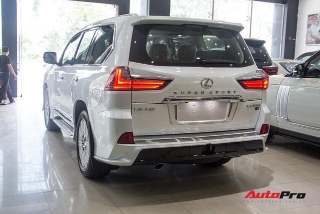 Khám phá chi tiết Lexus LX570 Super Sport 2018 giá gần 10 tỷ đồng tại Việt Nam - Ảnh 14.