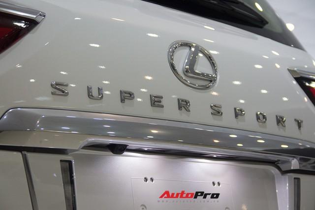 Khám phá chi tiết Lexus LX570 Super Sport 2018 giá gần 10 tỷ đồng tại Việt Nam - Ảnh 17.