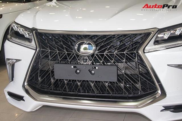 Khám phá chi tiết Lexus LX570 Super Sport 2018 giá gần 10 tỷ đồng tại Việt Nam - Ảnh 8.