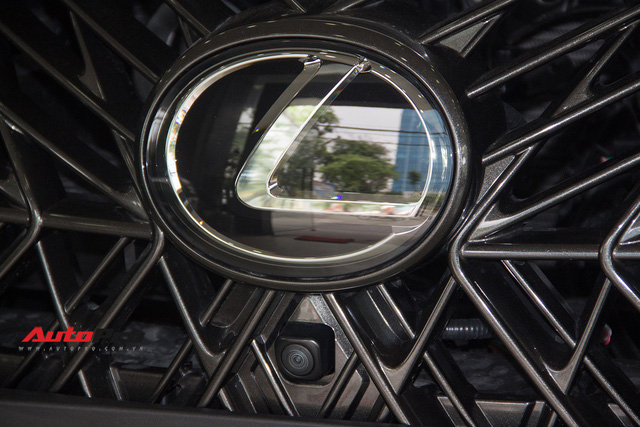 Khám phá chi tiết Lexus LX570 Super Sport 2018 giá gần 10 tỷ đồng tại Việt Nam - Ảnh 9.