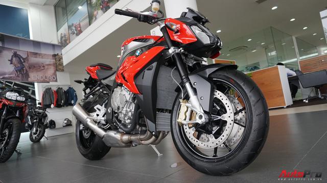 THACO giảm sốc giá BMW Motorrad - Áp lực lên Ducati