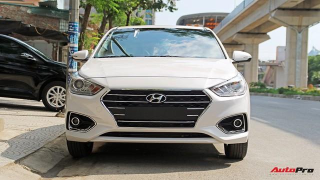 """Xe Hyundai """"cháy"""" hàng trước Tết, giá tăng từ vài chục đến cả trăm triệu đồng tại đại lý - Ảnh 2."""