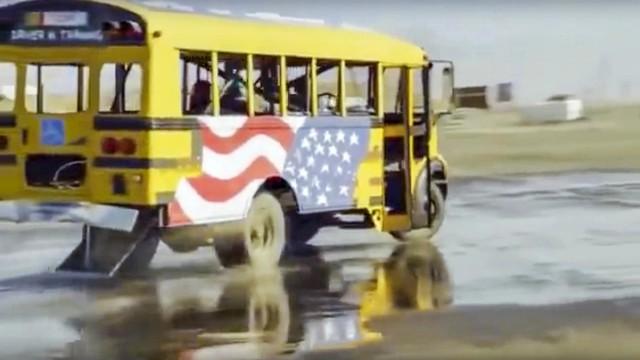 12 dòng xe hiếm ai ngờ là xe drift: Có cả Rolls-Royce và xe bus - Ảnh 3.