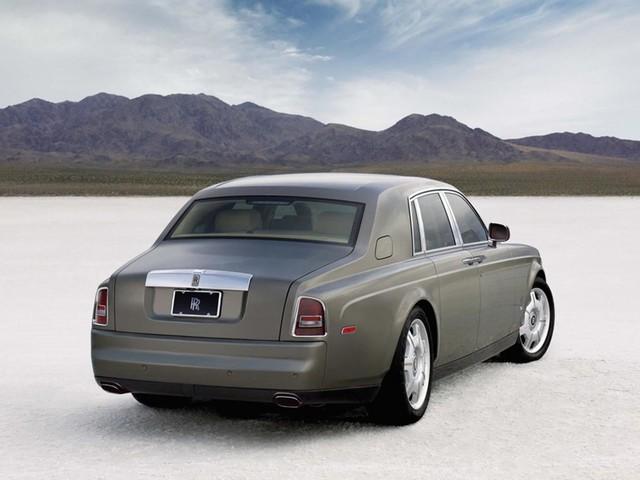 Không đủ tiền mua Rolls-Royce Cullinan thì đây là 5 lựa chọn rẻ hơn - Ảnh 8.