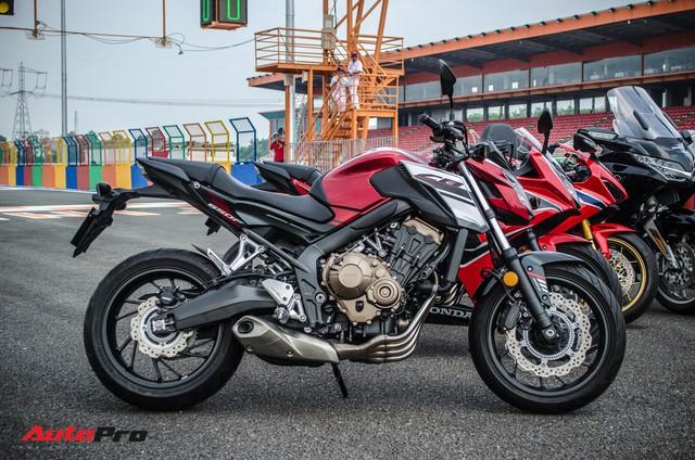 Honda CB650F giá 226 triệu đồng có gì để thuyết phục biker Việt? - Ảnh 11.