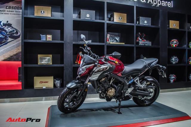 Honda CB650F giá 226 triệu đồng có gì để thuyết phục biker Việt? - Ảnh 1.