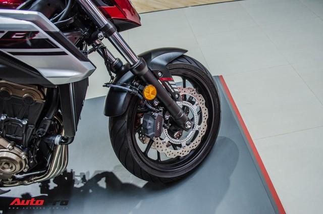 Honda CB650F giá 226 triệu đồng có gì để thuyết phục biker Việt? - Ảnh 6.