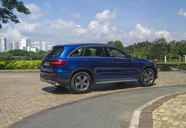 Ra mắt GLC 200 - Bản rẻ nhất trong dòng SUV bán chạy nhất của Mercedes-Benz Việt Nam - Ảnh 6.