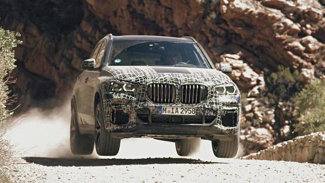 BMW hé lộ X5 2019, hứa hẹn cải thiện khả năng off-road - Ảnh 1.