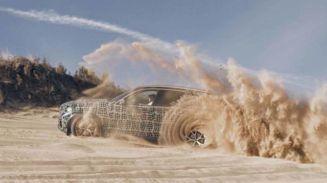 BMW hé lộ X5 2019, hứa hẹn cải thiện khả năng off-road
