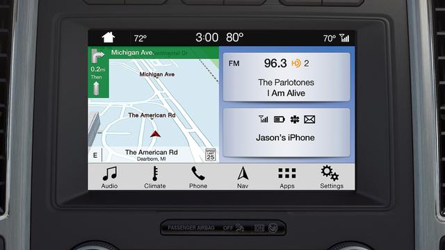 Với ứng dụng này, tài xế có thể tìm được cây xăng gần nhất và giá xăng hiện tại - Ảnh 1.