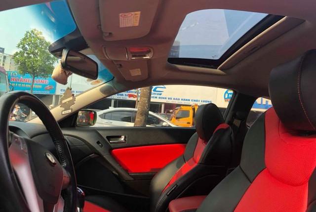 Xe thể thao bình dân Hyundai Genesis độ kiểu Aston Martin giá 485 triệu đồng - Ảnh 8.