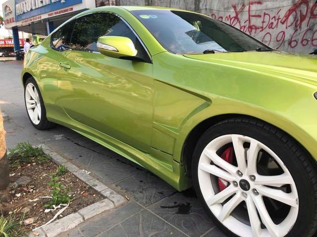 Xe thể thao bình dân Hyundai Genesis độ kiểu Aston Martin giá 485 triệu đồng - Ảnh 5.