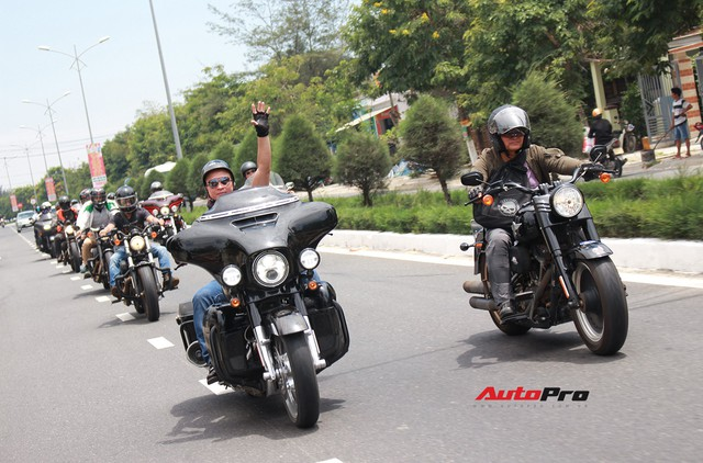 Hơn 100 xe Harley-Davidson bắt đầu khuấy động Đà Nẵng - Ảnh 11.