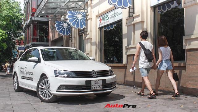 Đánh giá Volkswagen Jetta: Chất Đức đeo bảng giá Toyota Altis - Ảnh 22.