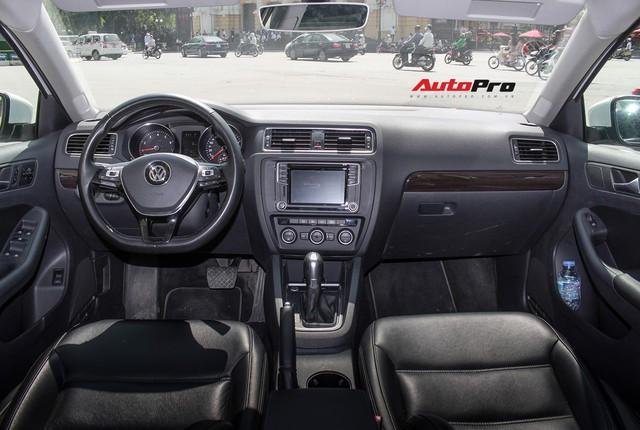 Đánh giá Volkswagen Jetta: Chất Đức đeo bảng giá Toyota Altis - Ảnh 9.