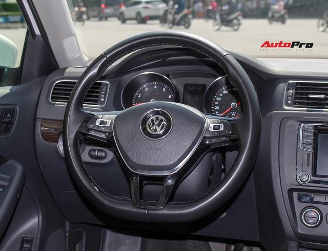 Đánh giá Volkswagen Jetta: Chất Đức đeo bảng giá Toyota Altis - Ảnh 10.