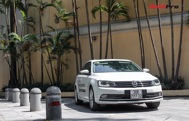 Đánh giá Volkswagen Jetta: Chất Đức đeo bảng giá Toyota Altis - Ảnh 4.